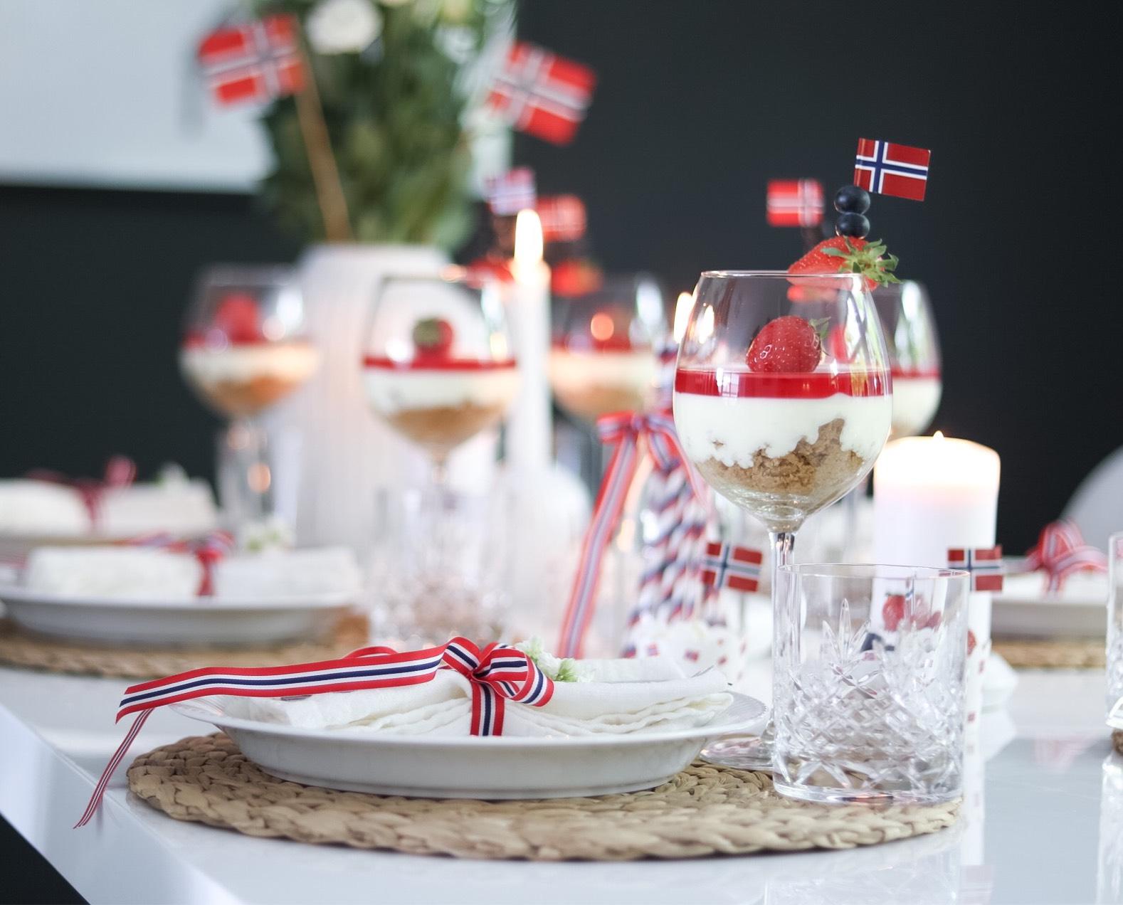 Ostekake i glass - Oppskrift • HVITELINJER  BLOGG